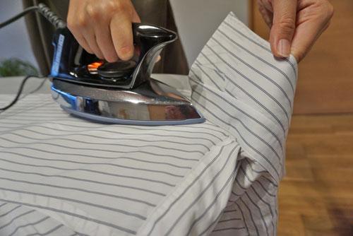 アイロン Yシャツ えりを立てる