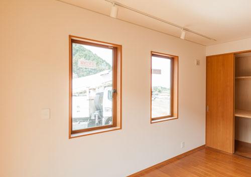 窓枠 四方枠仕上げ